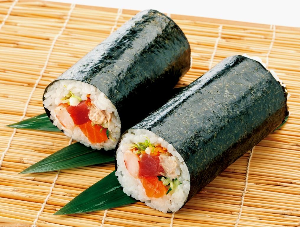 海鮮サラダ太巻き寿司